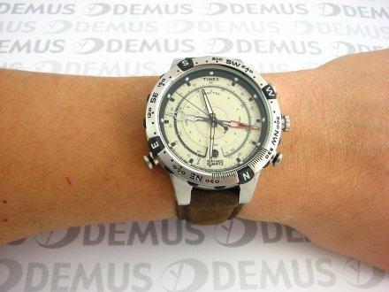 Zegarek Timex Adventure Series™ Tide Temp Compass T2N721