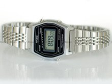Zegarek damski Casio VINTAGE LA690WEA-1EF